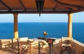 20, Stone villa on the beautiful coast
