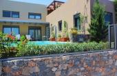 283, Modern villa in a complex by the sea in Elounda