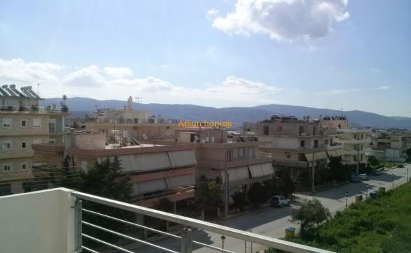 Νέα διαμερίσματα, βιομηχανική περιοχή της Αθήνας