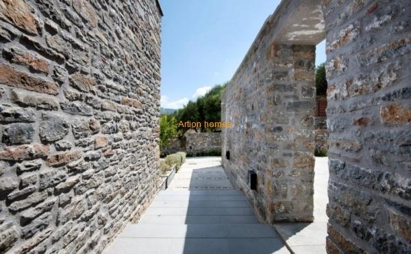 Amazing modern villa: Cretan-Scandinavian style