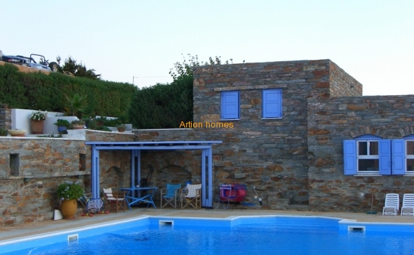 Villa-Detached 5 houses, 500 sq.m, in Kea of Cyclades