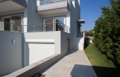 2004, House of 290 sq.m in Sounio, only 70m from sea