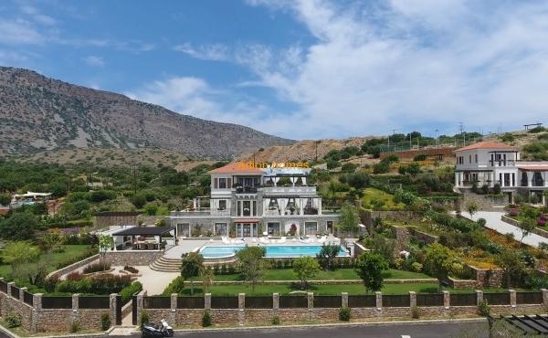 Gorgeous Villa in Elounda Crete